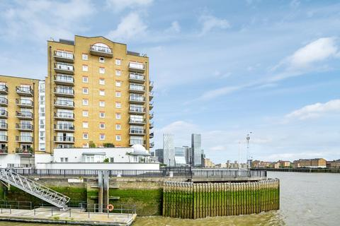 2 bedroom flat for sale - Victoria Wharf, Limehouse E14
