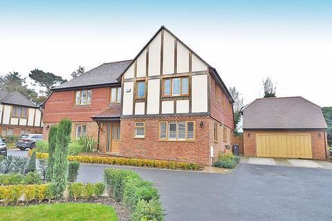 4 bedroom detached house for sale - Milford Place, Langley, Maidstone ME17