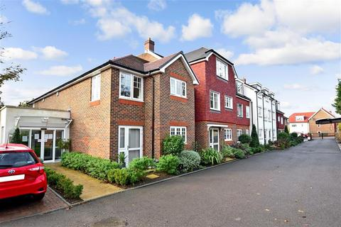 1 bedroom flat for sale - Shipbourne Road, Tonbridge, Kent