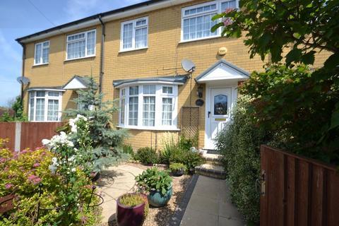 3 bedroom terraced house for sale - Minster Road, Minster