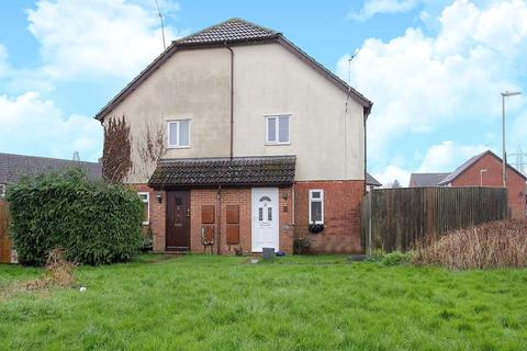1 bedroom semi-detached house - Plover Close, Andover