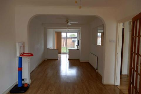 3 bedroom terraced house to rent - Penbury Road, Southall, Middlesex