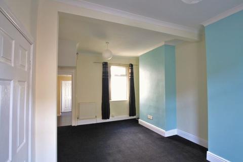3 bedroom terraced house - Morgan Street, Barry