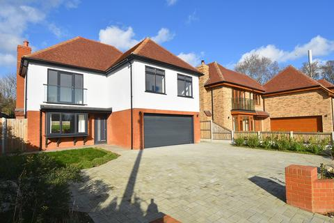 4 bedroom detached house for sale - Pegwell Road, Ramsgate, CT11