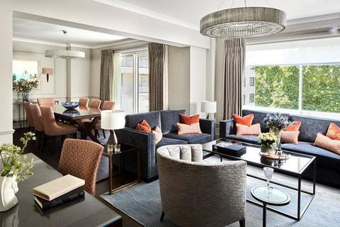 3 bedroom flat to rent - Arlington House, Arlington Street, Mayfair, SW1