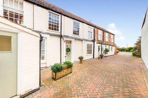 5 bedroom semi-detached house for sale - North Bar Without, Beverley