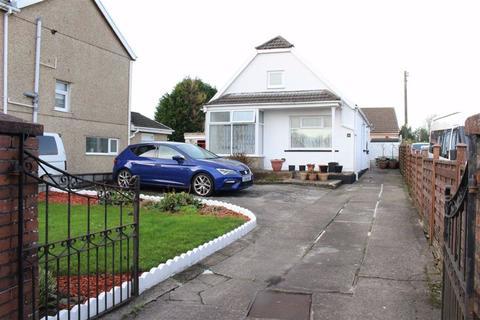 3 bedroom detached bungalow for sale - Castle Street, Loughor, Swansea