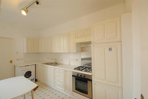 2 bedroom flat to rent - Wightman Rd, London