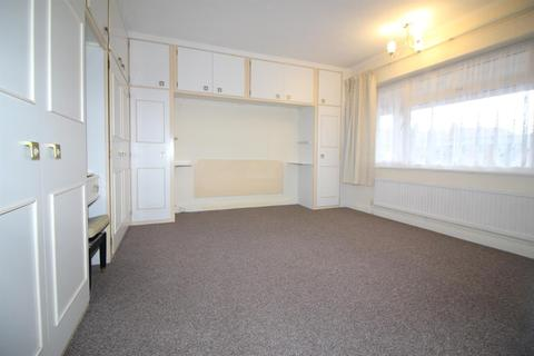 2 bedroom flat to rent - Lincoln Court, London Road, Enfield