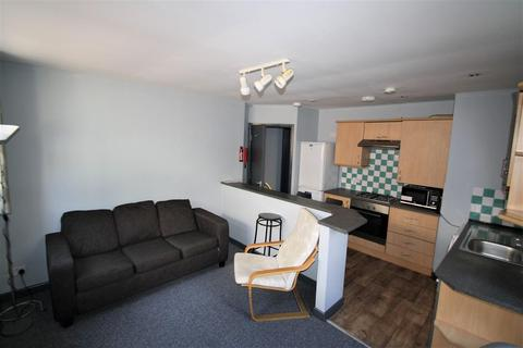 3 bedroom apartment to rent - Springbank Road, Sandyford, NE2