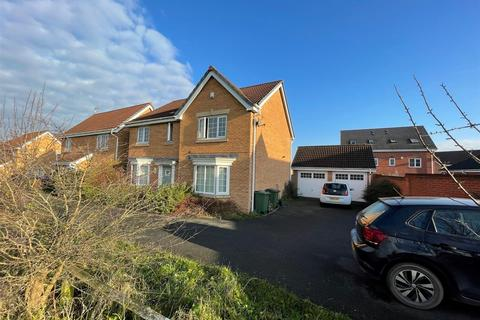 4 bedroom detached house to rent - Rushy Close, Braunstone, Leicester