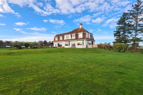 5 bedroom detached house for sale - Rackenford Road, Tiverton