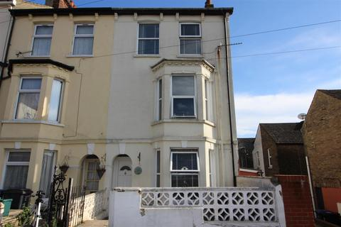 4 bedroom end of terrace house for sale - Springfield Road, Dover