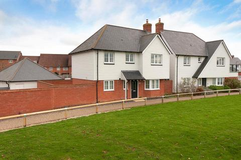 3 bedroom detached house for sale - Diana Walk, Kings Hill, ME19 4EN
