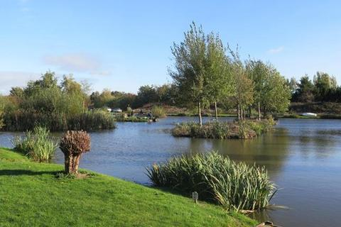 Property for sale - Swanlands Lakes, Thorne, Doncaster, South Yorkshire