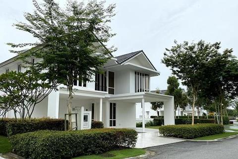6 bedroom bungalow - Emerald Bay @ Puteri Harbour