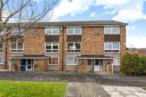 2 bedroom apartment for sale - Seaford Close, Ruislip, Middlesex, HA4