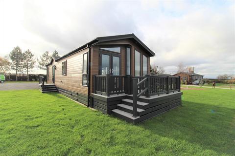 2 bedroom lodge for sale - Sutton Road, Thirsk, YO7 2ER