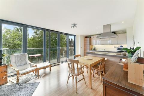 2 bedroom flat to rent - Sky Apartments E9