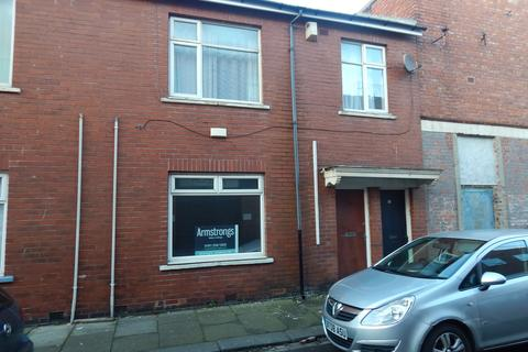 2 bedroom flat to rent - Aldborough St, Blyth NE24