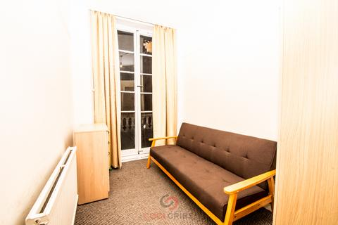 Studio to rent - Cleveland Square, Paddington, London, W2