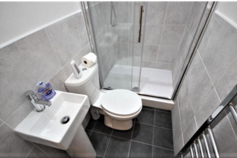 4 bedroom terraced house to rent - Romney Street, Salford M6