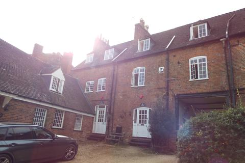 2 bedroom apartment to rent - Bedford Street, Woburn MK17
