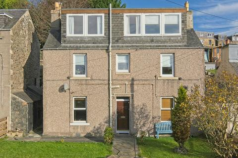 3 bedroom property - 74 High Buckholmside, Galashiels TD1 2HW