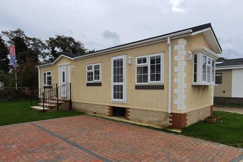 2 bedroom park home for sale - Mildenhall, Suffolk, IP28