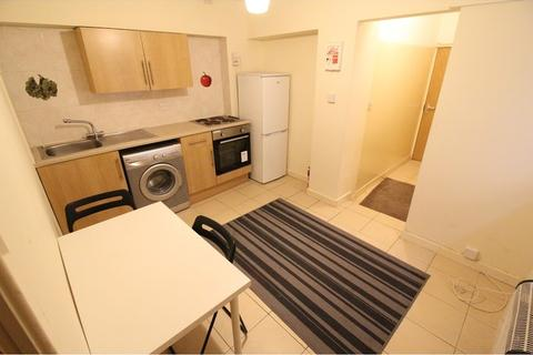 1 bedroom flat to rent - West Luton Place, Adamsdown , Cardiff