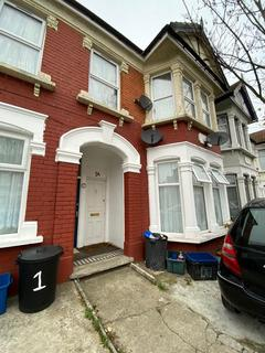 2 bedroom flat to rent - Colenso Road, Ilford, Essex, IG2