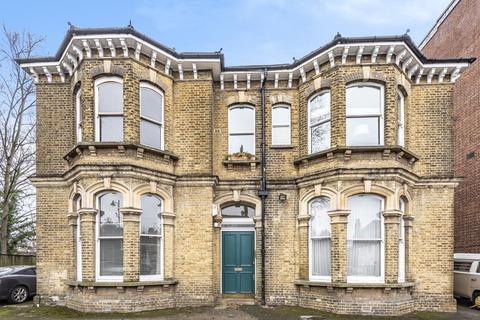 1 bedroom flat for sale - Highgate,  London,  N6