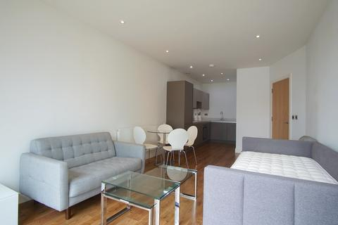 1 bedroom apartment to rent - Lighterman Point, New Village Avenue, London E14