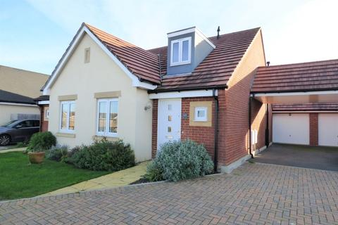 2 bedroom semi-detached bungalow for sale - Whistler Gardens, Canford Heath