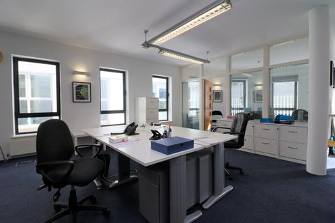 Office to rent - West Bute Street, Cardiff