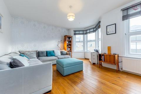 3 bedroom apartment for sale - Falkland Road, Harringay N8