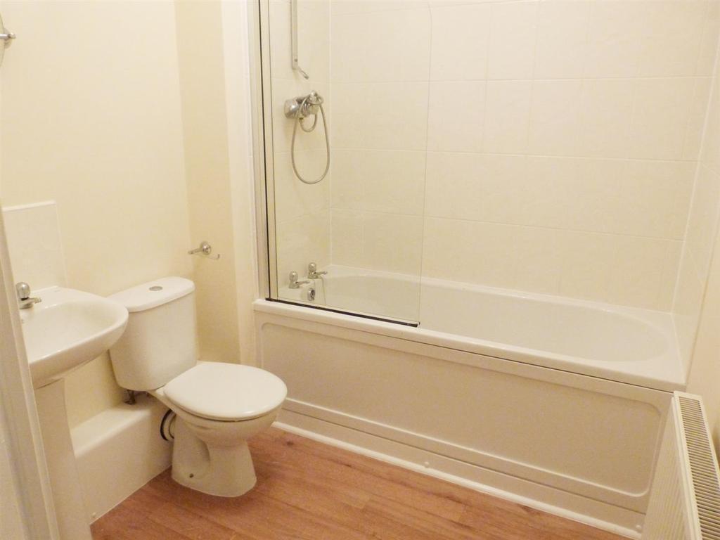 Calverly bathroom.png
