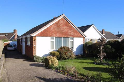 2 bedroom detached bungalow for sale - Sea Road, Barton On Sea, Hampshire