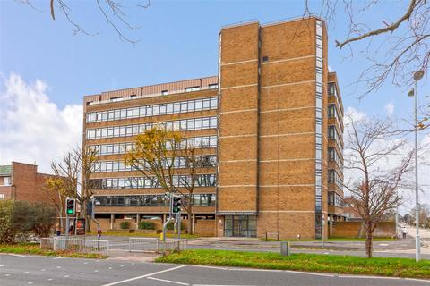 Studio for sale - Westmoreland House, Goring-By-Sea