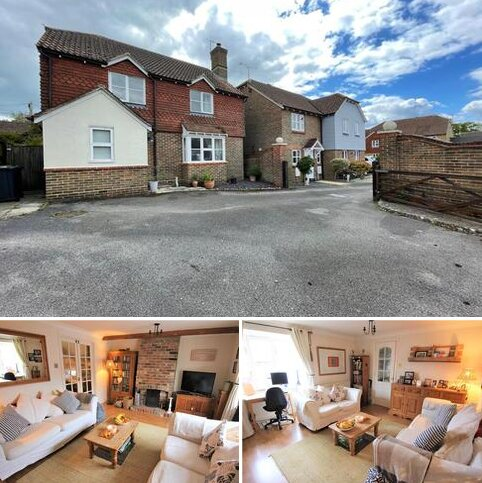 4 bedroom detached house for sale - Dyall Close, Burgess Hill
