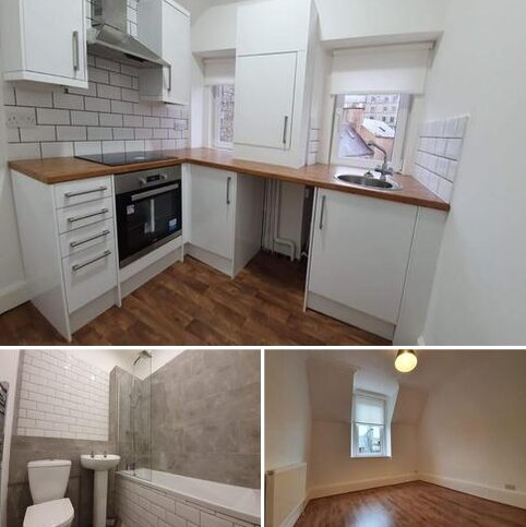 2 bedroom flat to rent - High Street,  Hawick, TD9