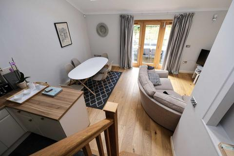 3 bedroom house to rent - Raby Mews, Bath