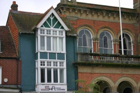 2 bedroom duplex to rent - High Street, Hungerford