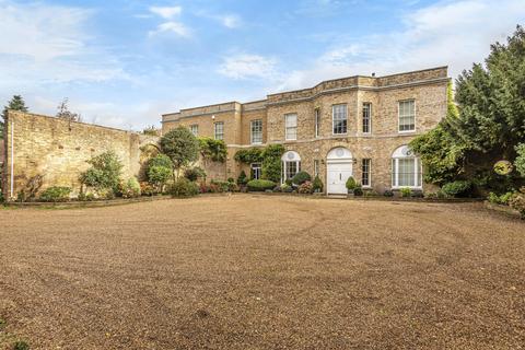 2 bedroom ground floor flat for sale - Iver Lodge, Bangors Road South, Iver, SL0