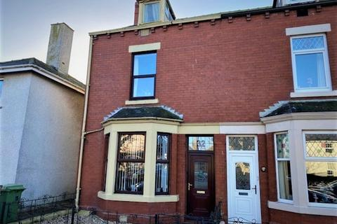 4 bedroom end of terrace house for sale - Caldew Street, Silloth, Wigton, CA7 4EL