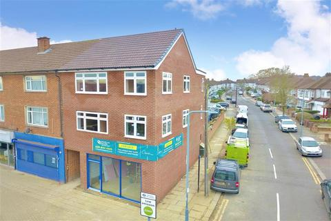 1 bedroom apartment for sale - Fencepiece Road, Ilford, Essex