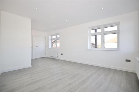1 bedroom apartment for sale - Fencepiece Road, Ilford, Essex