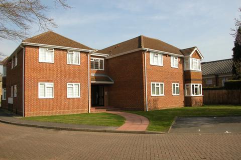 1 bedroom flat to rent - Reade Court, Victoria Road, Farnham Common, SL2