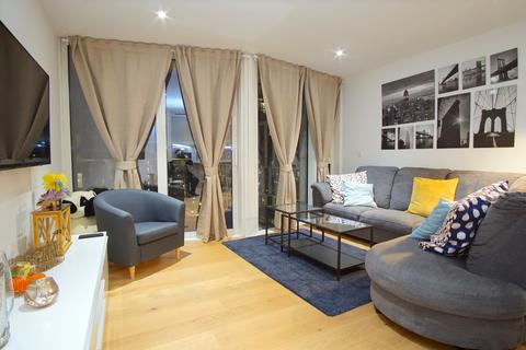 2 bedroom apartment to rent - Counter House, 5 Gauging Square, London E1W