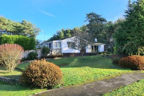 3 bedroom bungalow for sale - Ashley Park, Ashley Heath, BH24 2HB